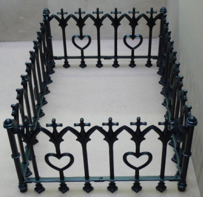 Grave Railings Lumley Designs